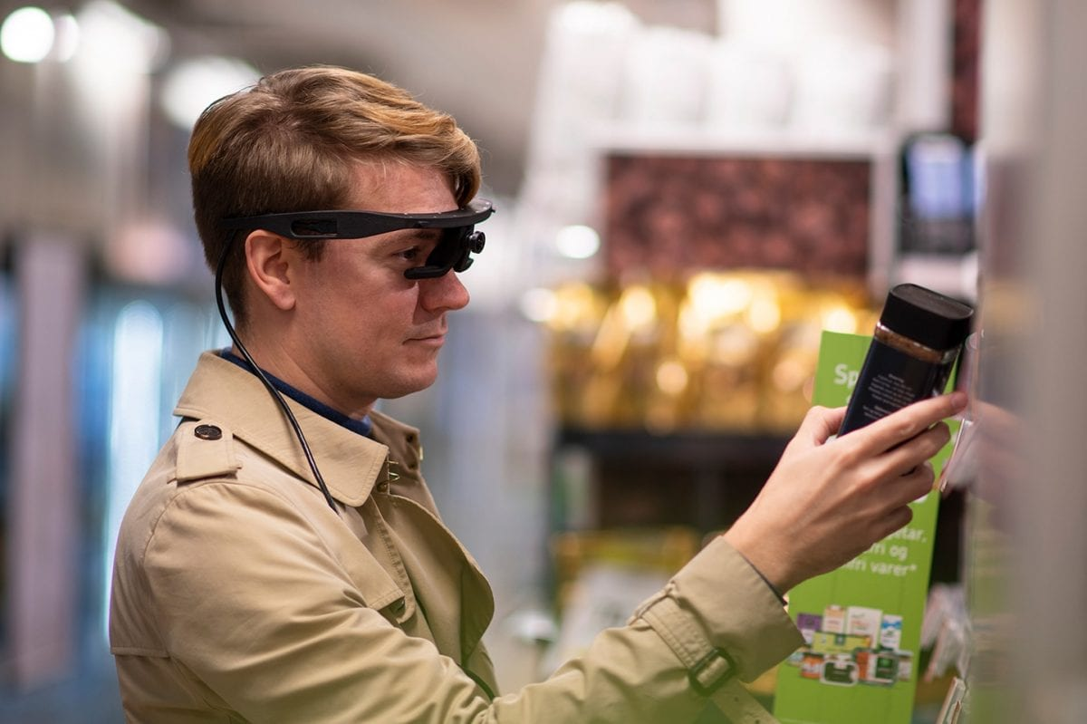 eye tracking glasses supermarket