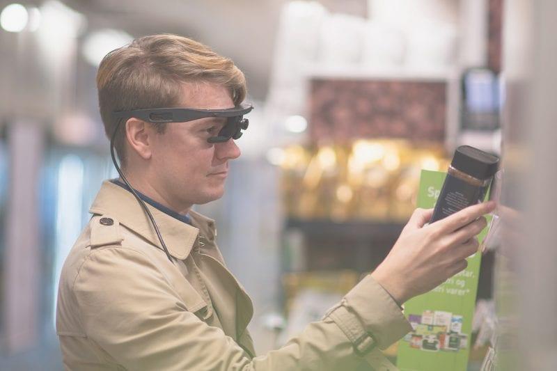 eye tracking glasses supermarket
